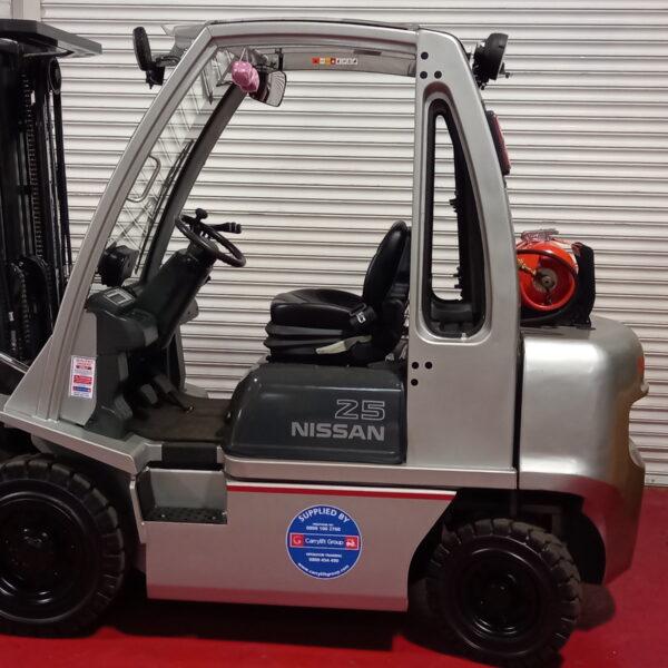 Nissan gas refurb