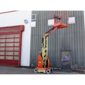 JLG Toucan 10E L – Mast Boom Lift 600x600 1