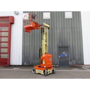 JLG Toucan 8E L – Mast Boom Lift 600x600 1